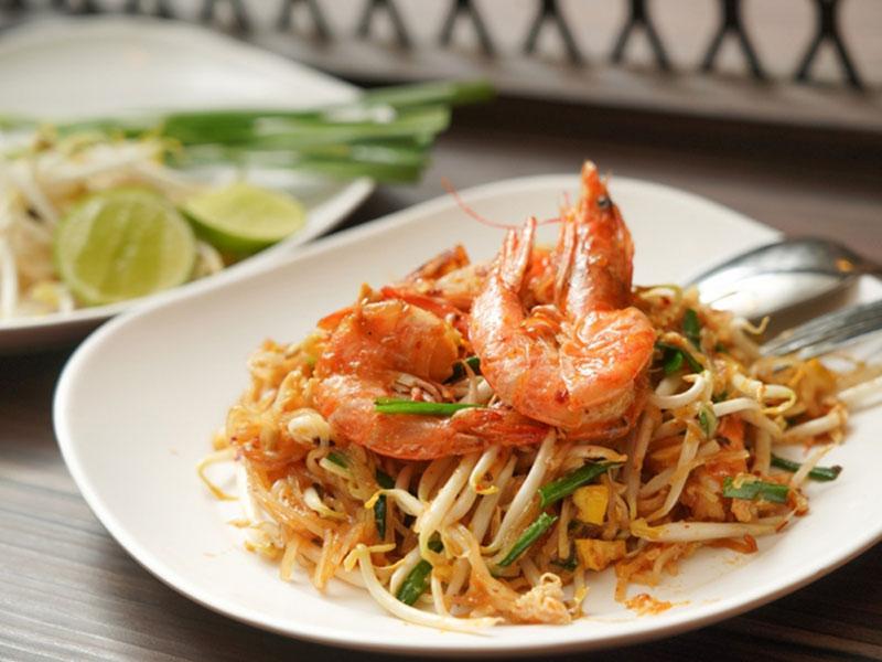 Pad Thai Mae Yai Singburi